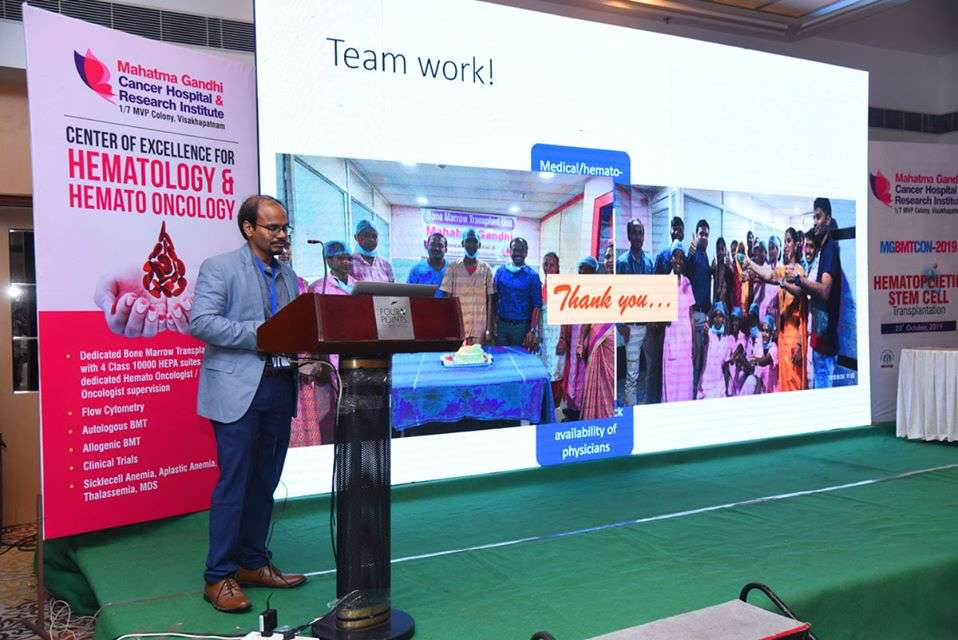Dr.-Rakesh-Reddy-at-academic-conference3